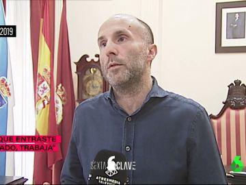 """El alcalde de Ourense afirma haber pillado a sus funcionarios saltándose el trabajo: """"Al llegar, la planta entera estaba a oscuras"""""""