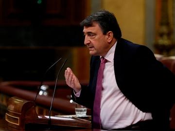 El portavoz parlamentario del PNV, Aitor Esteban