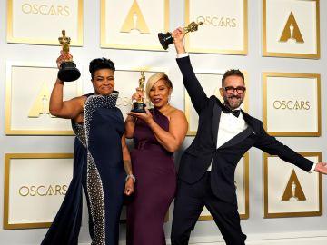 Sergio López-Rivera, junto a Mia Neal y Jamika Wilson, se hace con el Oscar al mejor maquillaje y peluquería