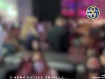 Desalojan a 125 personas de una discoteca en un polígono de Sevilla sin distancia de seguridad
