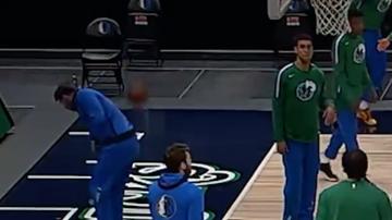 Jugones (13-05-21) El tiro imposible de Doncic desde detrás del aro: bota la bola contra el suelo y de espaldas...¡y la mete!