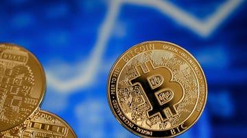 El valor del bitcoin cae un 15% después de que Tesla anunciase que dejaría de aceptarlo como método de pago