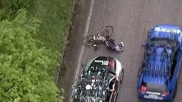 Un ciclista, atropellado en el Giro
