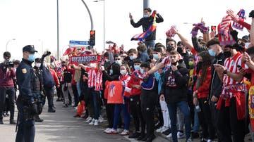 Recibimiento al autobús del Atlético de Madrid en el Wanda Metropolitano