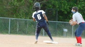Nicole Pyles, en un partido de softbol