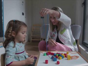 Miles de niños, a la espera de recibir atención temprana por el retraso de la pandemia