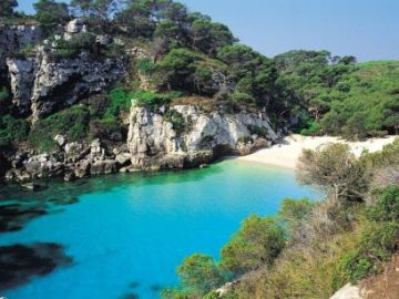 Playa de Menorca -  tu playa favorita en Baleares