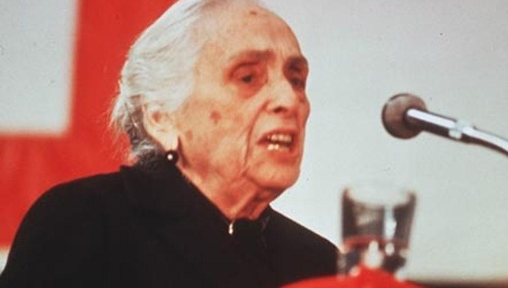 Dolores Ibarruri, 'La Pasionaria'