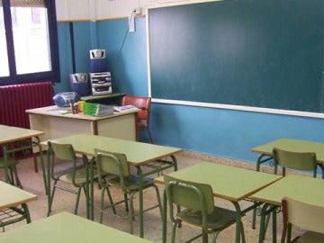 Clase de colegio vacía