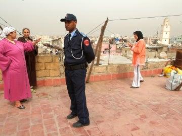 Un agente de la policía marroquí