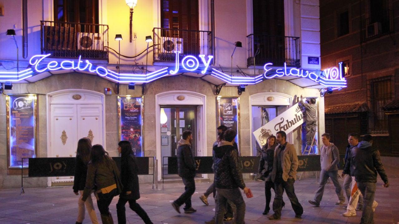 Fachada de la discoteca Joy - Teatro Eslava en la céntrica calle madrileña de Arenal
