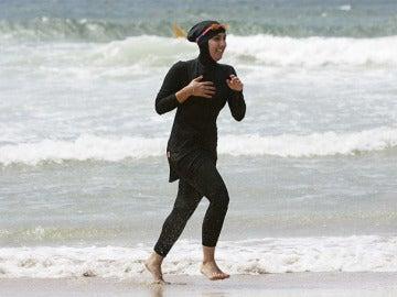 Mujer con un 'burkini'