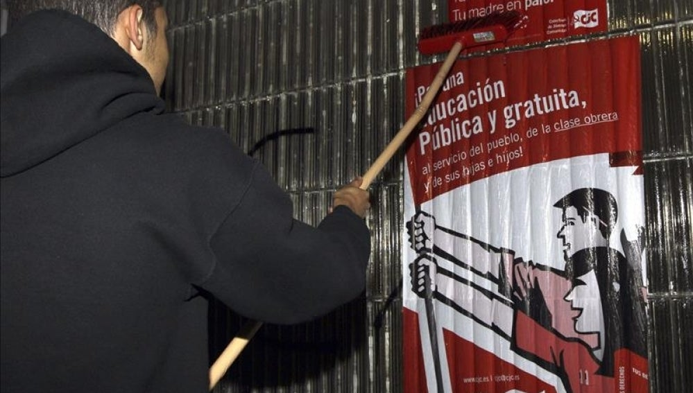 Cartel informativo de la huelga general convocada en las enseñanzas medias.