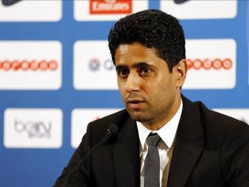 Al-Khelaïfi, presidente del PSG, durante la presentación de David Luiz