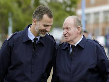 Felipe VI y Juan Carlos I coinciden por primera vez en un acto público
