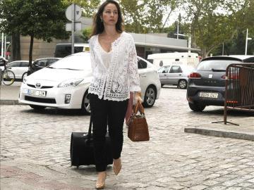 La jueza Mercedes Alaya dirigiéndo a los juzgados de Sevilla.