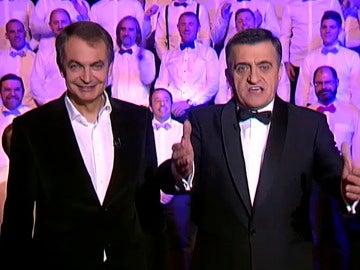 Zapatero dirige el coro de el intermedio