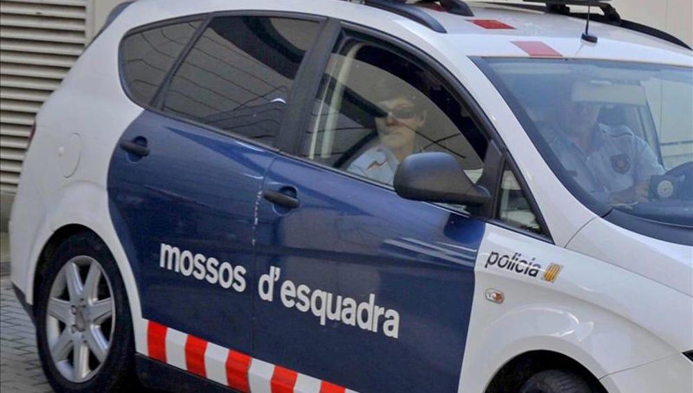 Los Mossos d' Esquadra
