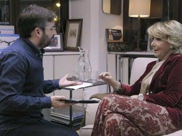 Jordi Évole habla con Esperanza Aguirre en 'Salvados'
