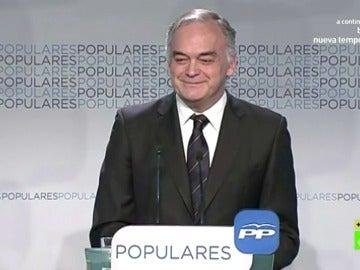 Estebán González Pons hablando en japones