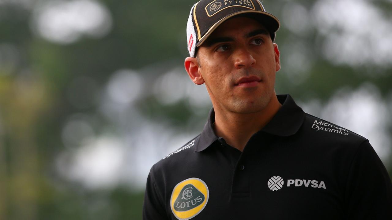 Pastor Maldonado viste de Lotus