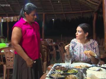 Cristina Pedroche degusta un copioso menú para tres personas