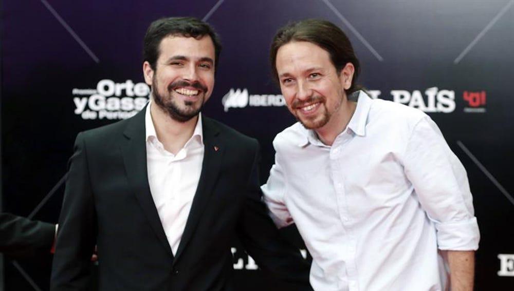 El líder de Podemos, Pablo Iglesias, y Alberto Garzón de IU