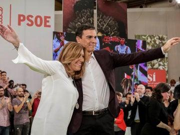 """Susana Díaz presenta a Pedro Sánchez como """"el candidato de todos"""" y con """"unanimidad del PSOE"""""""