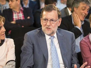 Mariano Rajoy junto a María Dolores de Cospedal