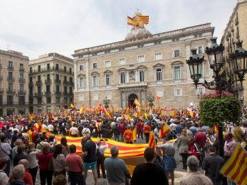 Exlegionarios de Barcelona piden a Colau que no anule la cesión de terrenos públicos a su hermandad