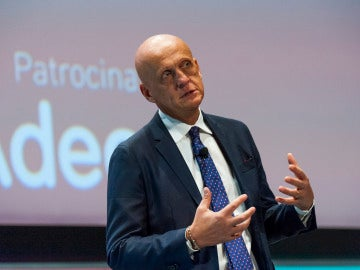 Pierluigi Collina, en el Management & Business Summit