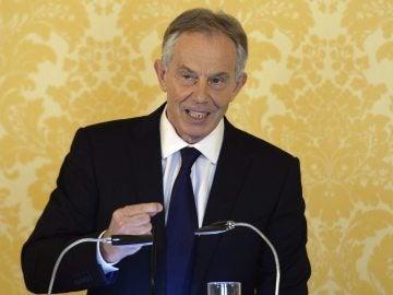 """Tony Blair: """"Asumo mi responsabilidad sobre la invasión en Irak, pero volvería a tomar la misma decisión"""""""