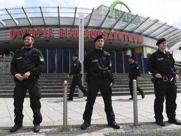 Policías armados en Múnich