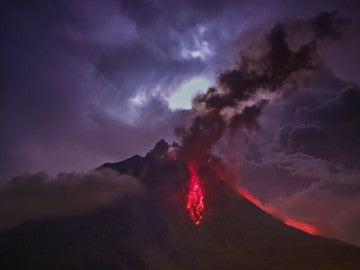 Un volcán en erupción (29-07-2016)
