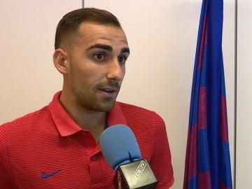 Paco Alcácer, durante una entrevista con la televisión del Barcelona