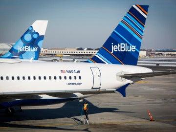 Vuelo de JetBlue entre Estados Unidos y Cuba