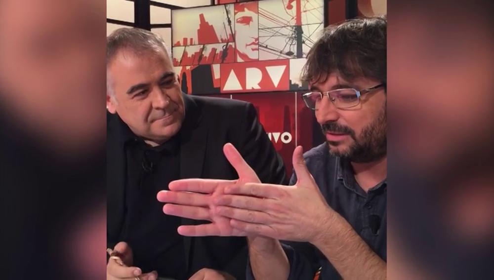"""Frame 91.45091 de: 'Astral' no es un Salvados más para Jordi Évole: """"Seguimos estando allí desde que nos bajamos del barco"""""""