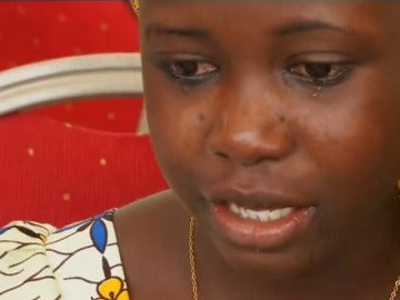 Frame 28.117099 de: Las 21 niñas de Chibok liberadas se reúnen con sus familias después de dos años