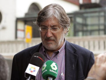 Pérez Tapias antes del Comité Federal