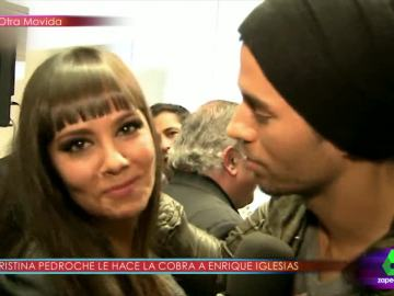 Cristina Pedroche le hace la 'cobra' a Enrique Iglesias