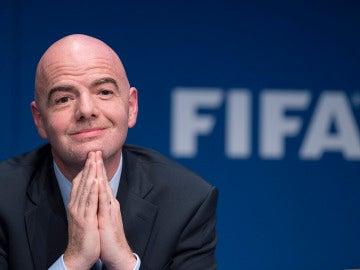Infantino en una rueda de prensa de FIFA