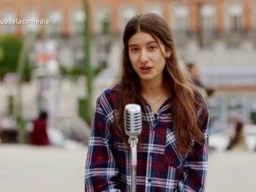 """Frame 88.717684 de: Una joven: """"A nuestra edad si alguien se te queda mirando, te quiere como rehén o para vender   tus órganos"""""""