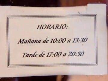 Frame 40.266666 de: Dos horas para comer, trabajar hasta tarde, cenar después de las 09:00, acostarse pasada la media noche… 'Spain is different'