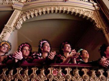 Imagen de archivo del palco de las ninfas en una de las sesiones del Concurso Oficial del Carnaval de Cádiz