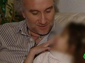 Frame 0.355661 de: padre nadia
