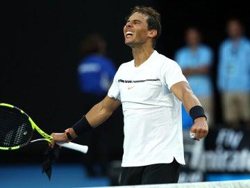 Rafa Nadal celebra su victoria ante Zverev