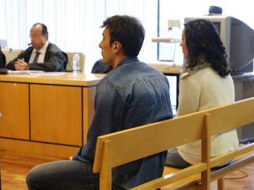 Momento del juicio en la Audiencia Provincial de Madrid contra la acusada junto a su cómplice