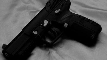 Imagen de archivo de una pistola