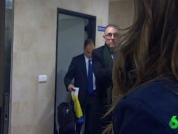 Colegiado abandona el estadio del Madrigal con una bolsa del Villarreal