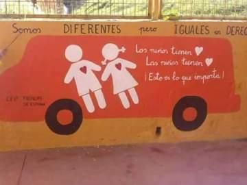 El mural de los niños de un colegio de Huelva contra Hazte Oír